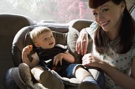 как приучить ребёнка сидеть в детском автокресле
